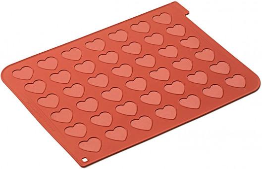 Tapis silicone pour 48 macarons en forme de cœur, 30 x 40 cm, Silikomart