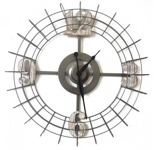 Horloge métal avec chiffres bois