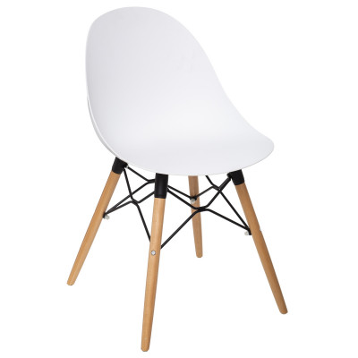 Chaise scandinave Ezra blanche, pieds en hêtre