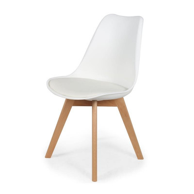 Chaise scandinave avec coussin blanche